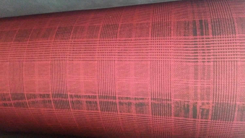 Kırmızı-Siyah Çizgili Ekose