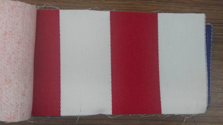 Kırmızı Çizgili Bez
